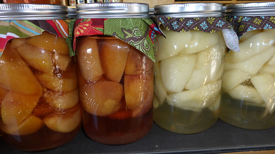 preserves for sale at the fruit stand