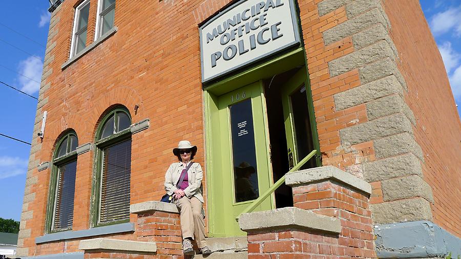 Police Station, Dog River