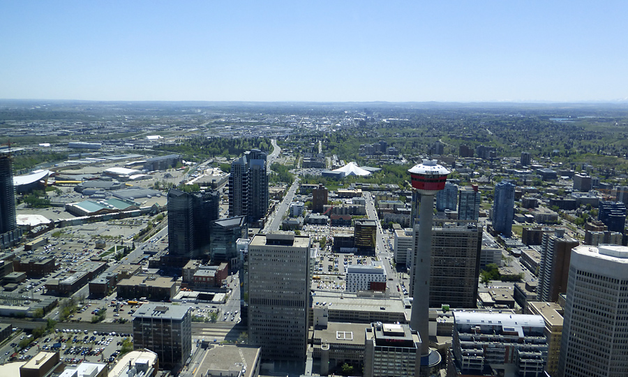 looking south to the Calgary Tower